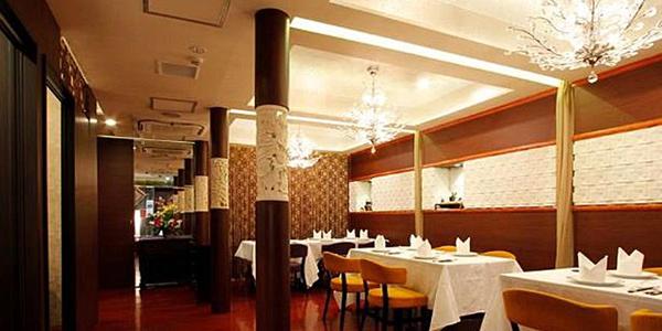 高級中国料理 銀座芳園の店内風景1